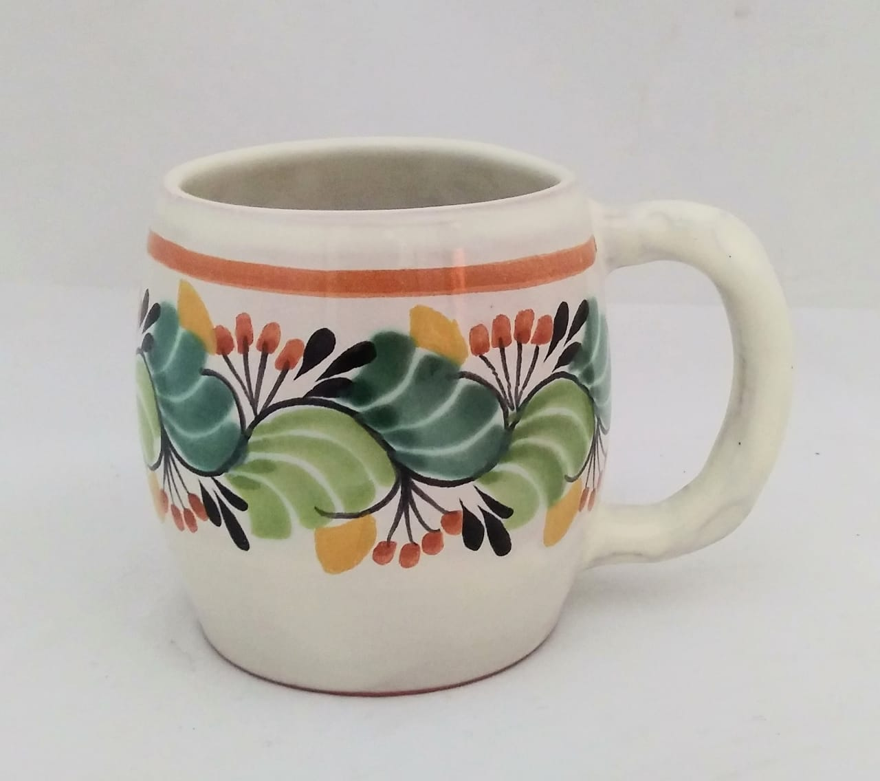 Round Beer Mug 20 Oz Traditional Multicolor