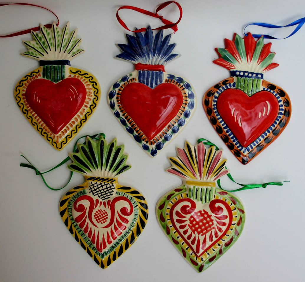 Ornament Sacred Heart Set of 5 in red colors II