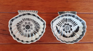 Shell Dish Plate 4.7*5 inches Black and White Set (2 Pieces)