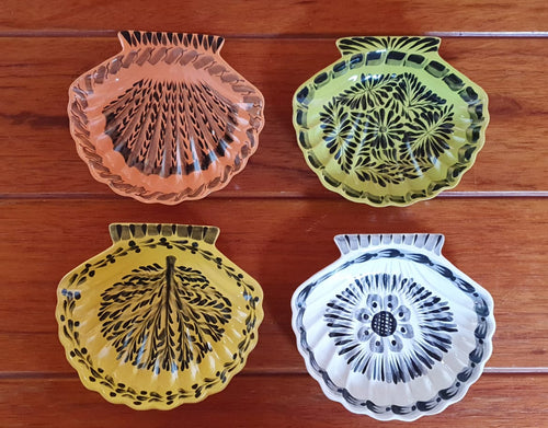 Shell Dish Plate 4.7*5 inches assorted colors Set (5 Pieces)