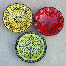 "Flower Footed Snack Dish 7"" D Red-Green-Yellow SET (3 pieces) Contemporary"