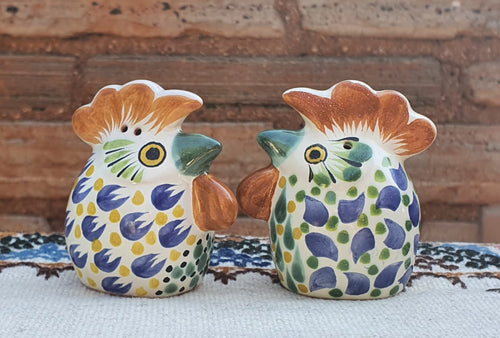 Rooster Head Salt and Pepper Shaker Set MultiColors
