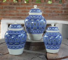 Decorative Vase w/Lid Set of 3 pieces (11, 13, 15 in H) Morisco Pattern Blue and White