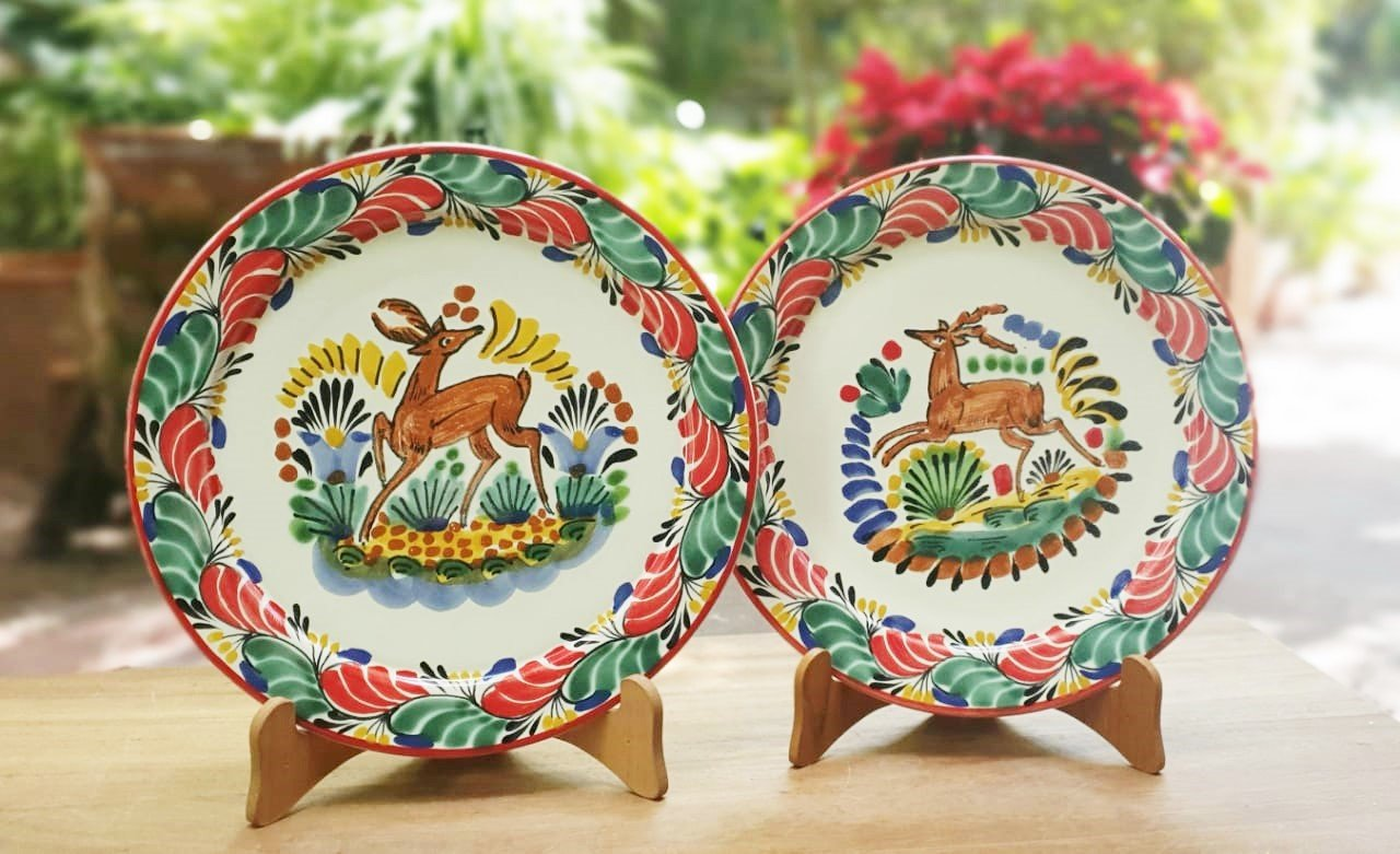 Deer Charger Dinner Plate Set of 2 Green-Red Colors 12