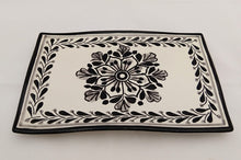Flower & Catrina Tray and Bread Square Plate Set in B & W