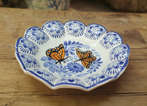 "Butterfly Footed Snack Dish 7"" D Blue and White"