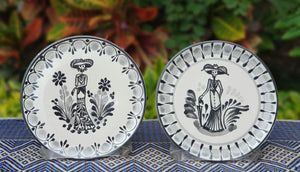 "Catrina Bread Plate / Tapa Plate 6.3"" D Black and White Set of Las Comadres (2 pieces)"