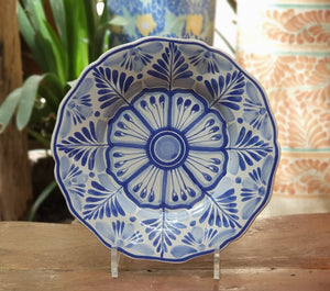 Flower Shape Plates w/Flowers Blue and White