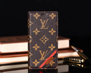 Louis Vuitton Wallet Case iPhone 6/6s, iPhone 6/6s Plus, iPhone 7/8, iPhone 7/8 Plus, iPhone X, iPhone Xs, iPhone XS Max, iPhone 11, iPhone 11 Pro, iPhone 11 Pro Max