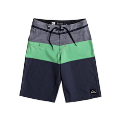 quicksilver Everday Blocked Youth front view Boys Board Shorts green/grey eqbbs03211-ggg6