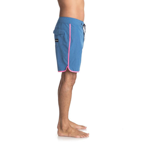 QUIKSILVER HIGHLINE SCALLOP 19 INCH BOARDSHORTS SIDE VIEW MENS BOARDSHORTS BLUE/PINK EQYBS03885-BLC0