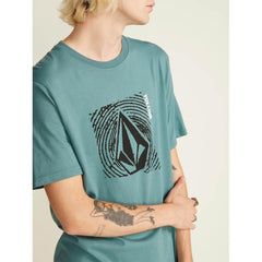 a50031800-pne volcom sonar waves close-up view mens t-shirts short sleeve green