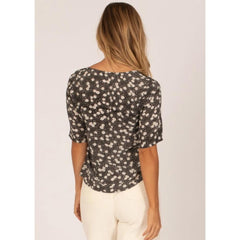 Amuse Society, A510MALL-Blk, Black, Womens Fashion Tops, Floral, Fall 2019, Back View