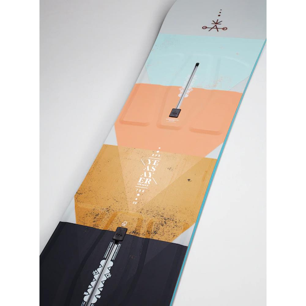 17184103000, Burton, Yeasayer Smalls, Girls Snowboards, Winter 2020