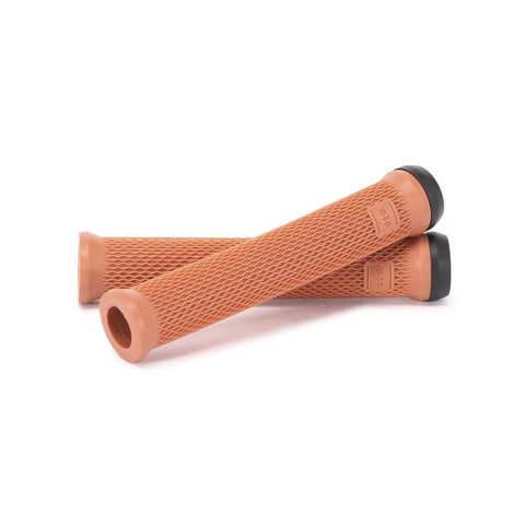 WT-19001020518, WE THE PEOPLE, MANTRA GRIP FLANGELESS, GUM, BIKE GRIPS