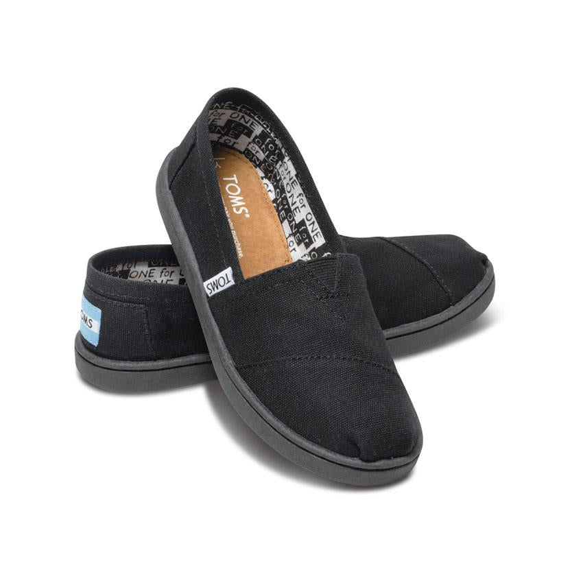 TOMS CLASSIC CANVAS GIRLS IN SHOES YOUTH GIRLS SLIP ON SHOES - KIDS SLIP ON SHOES - KIDS SHOES