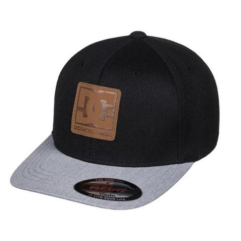 DC Carvin Flexfit Boys Hats