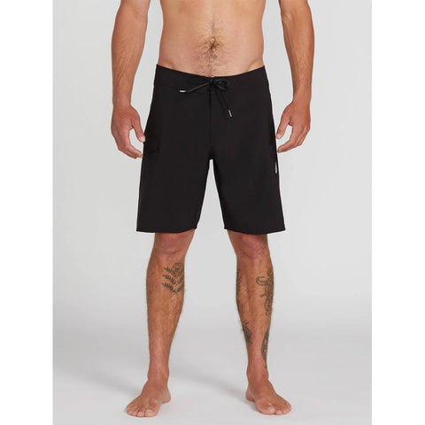 "A0812021-BLK, BLACK, LIDO SOLID MOD 20"" BOARDSHORTS, VOLCOM, MENS BOARDSHORTS, SPRING 2020, FRONT VIEW"