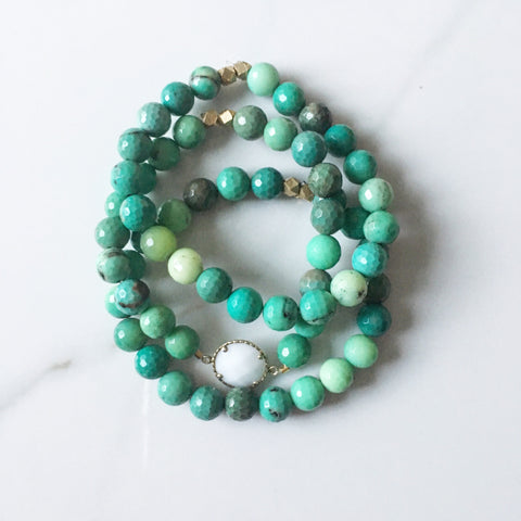 Chrysoprase and White Onyx Bracelet
