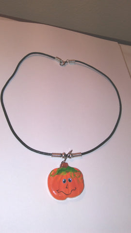 PUMPKIN ROPE NECKLACE