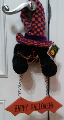 CAT WITH CHECKERED HAT DOOR HANGER