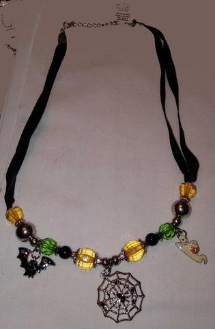 HALLOWEEN RIBBON NECKLACE