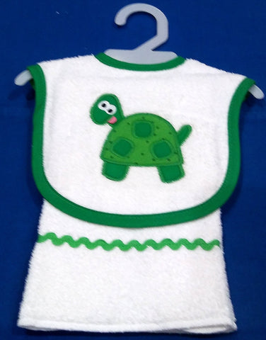 TURTLE BIB AND BURPER SET