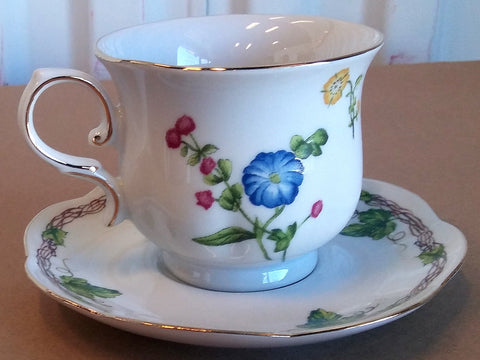 EVELINA TEA CUP AND SAUCER