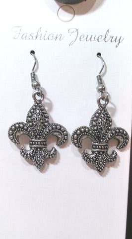 FLEUR DE LIS PEWTER EARRINGS