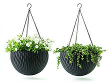 13.9 in. Round Plastic Resin Garden Plant Hanging Planters Decor Pots - Farm Nevada - Gardeners Start Here