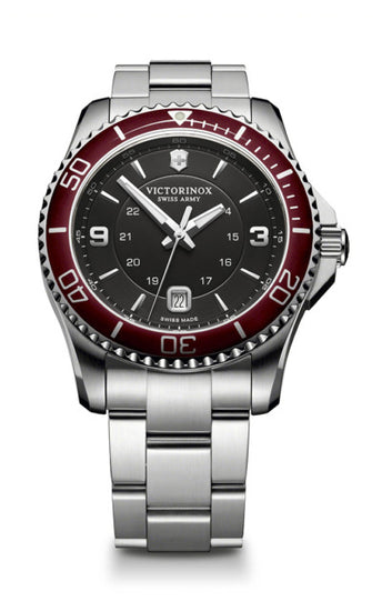 Victorinox Maverick Large Watch