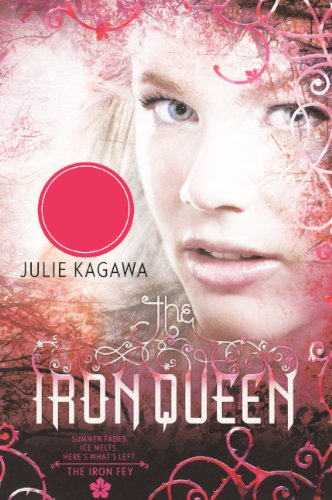 The Iron Queen (Turtleback School & Library Binding Edition) (Iron Fey)