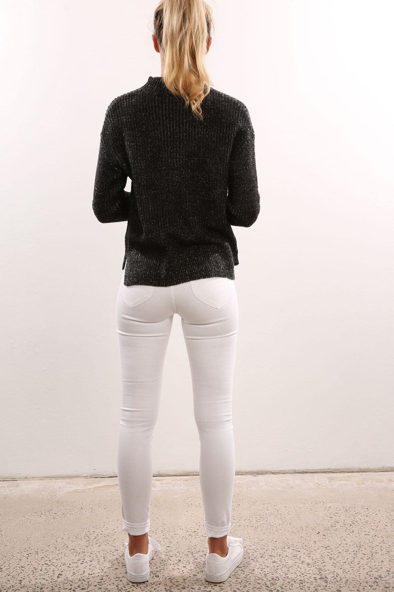 Tone Down Knit Black Lee - Jean Jail