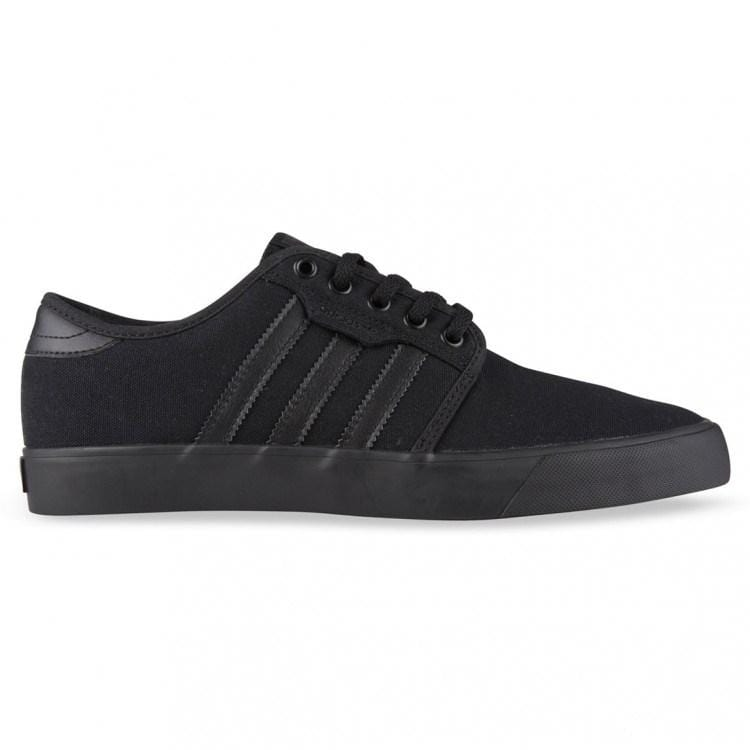Seeley Black Black adidas - Jean Jail