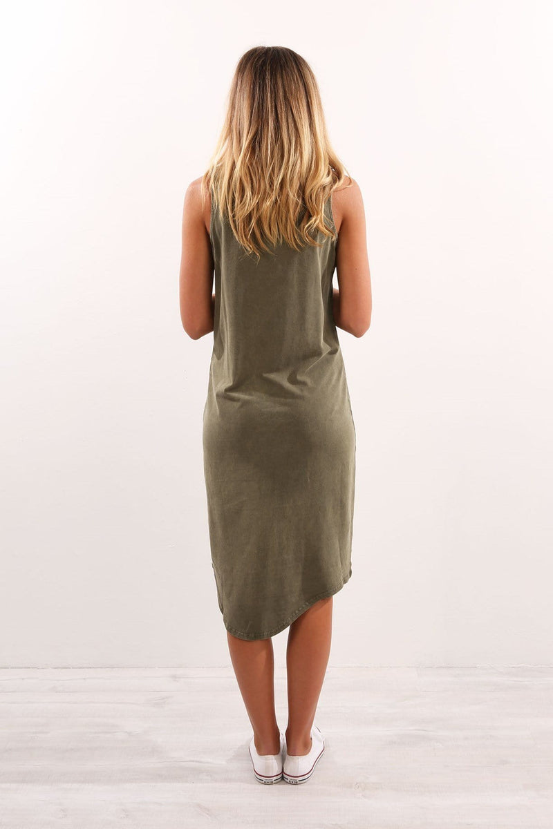 One In Eight Midi Dress Olive Silent Theory - Jean Jail