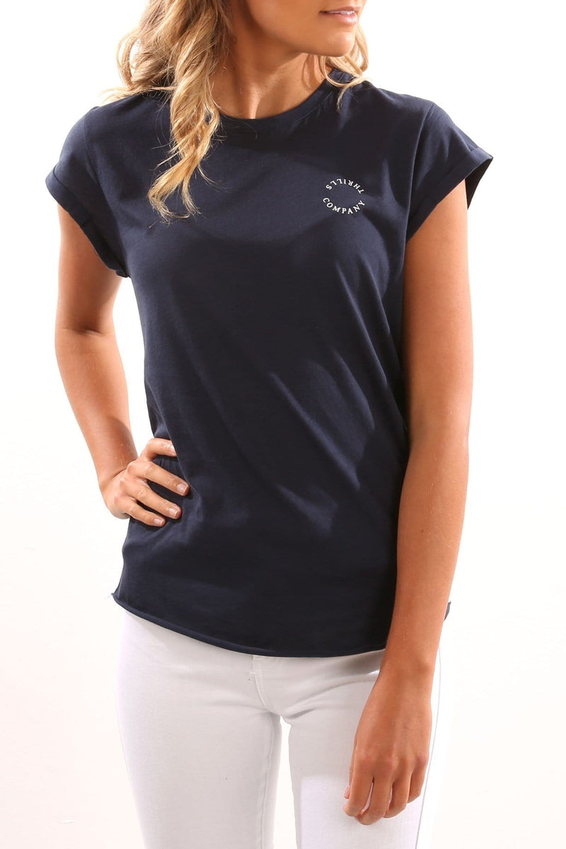 Serif Tee Navy Thrills - Jean Jail
