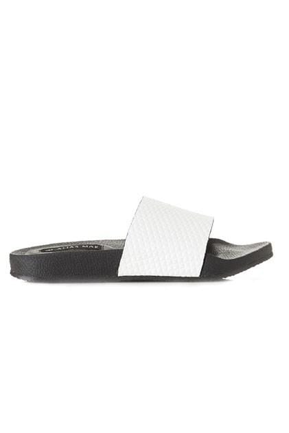 Riot Flat White Leather Alias Mae - Jean Jail