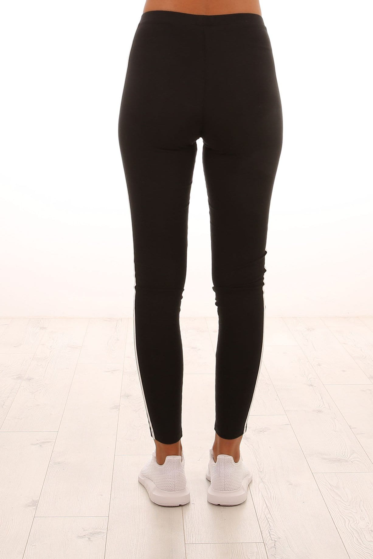 3 Stripe Tight Black