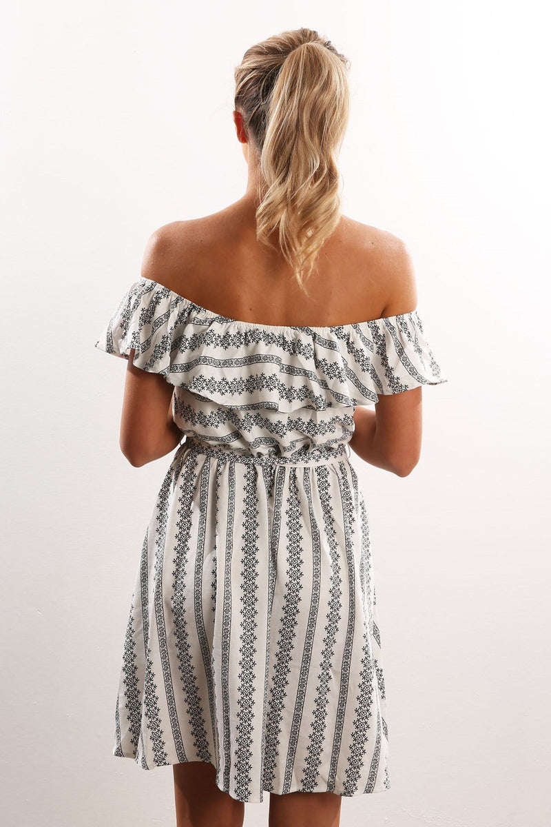 Long Weekend Dress White Jean Jail - Jean Jail