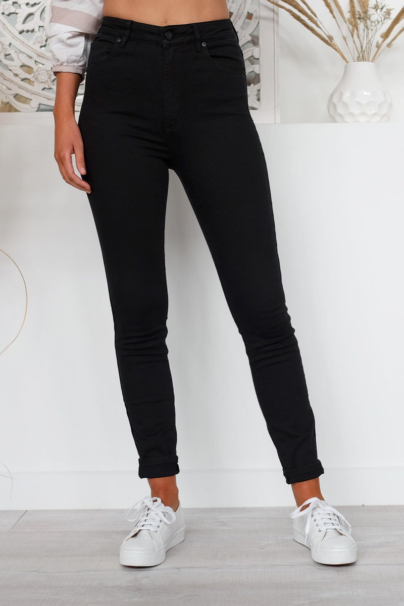 a0aac1b783 A High Skinny Ankle Basher Black Magic Abrand - Jean Jail