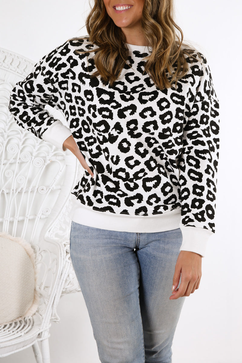 Alicia Leopard Sweater Black White Leopard