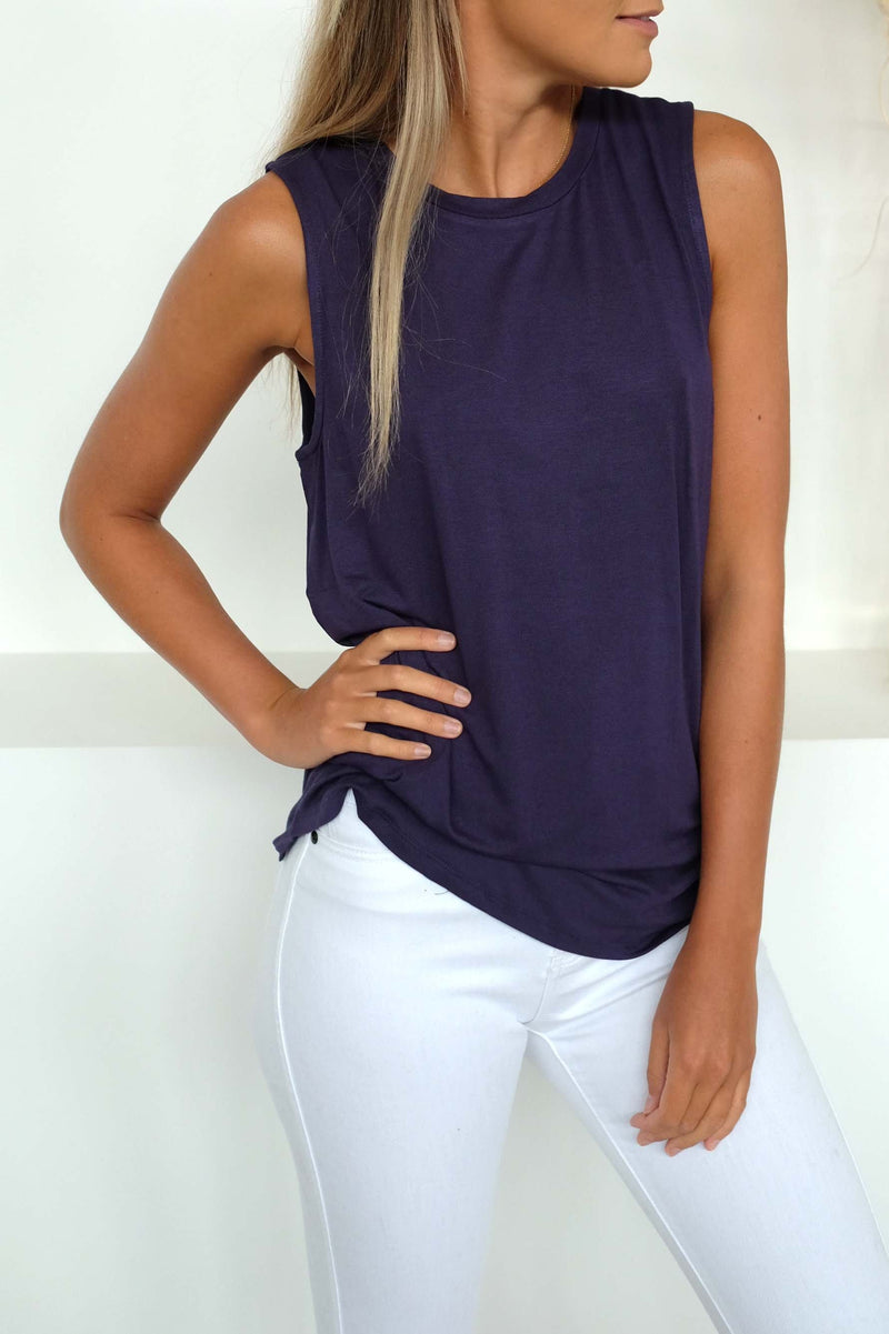 Capri Tank Navy Betty Basics - Jean Jail