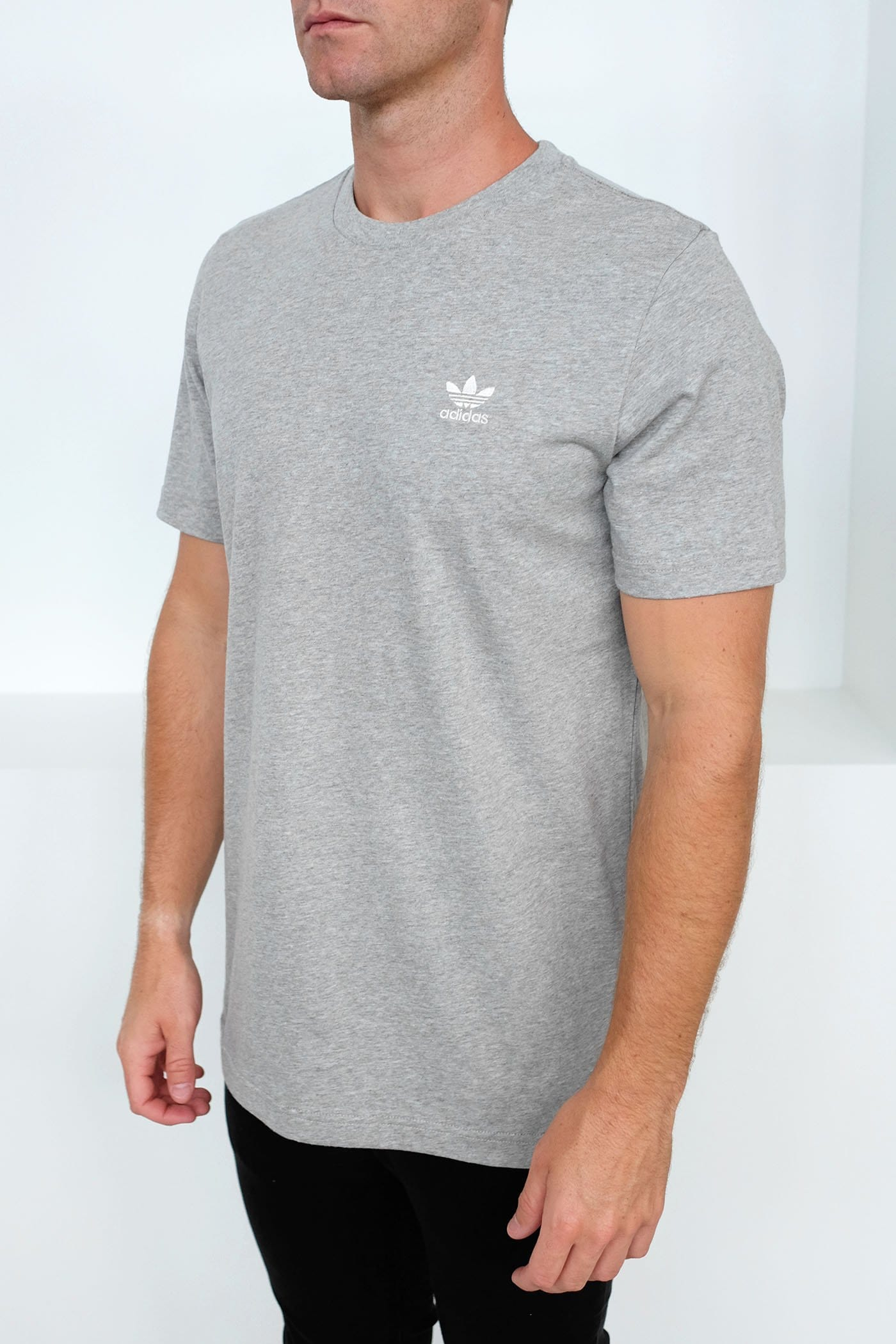Essential Tee Grey Marle
