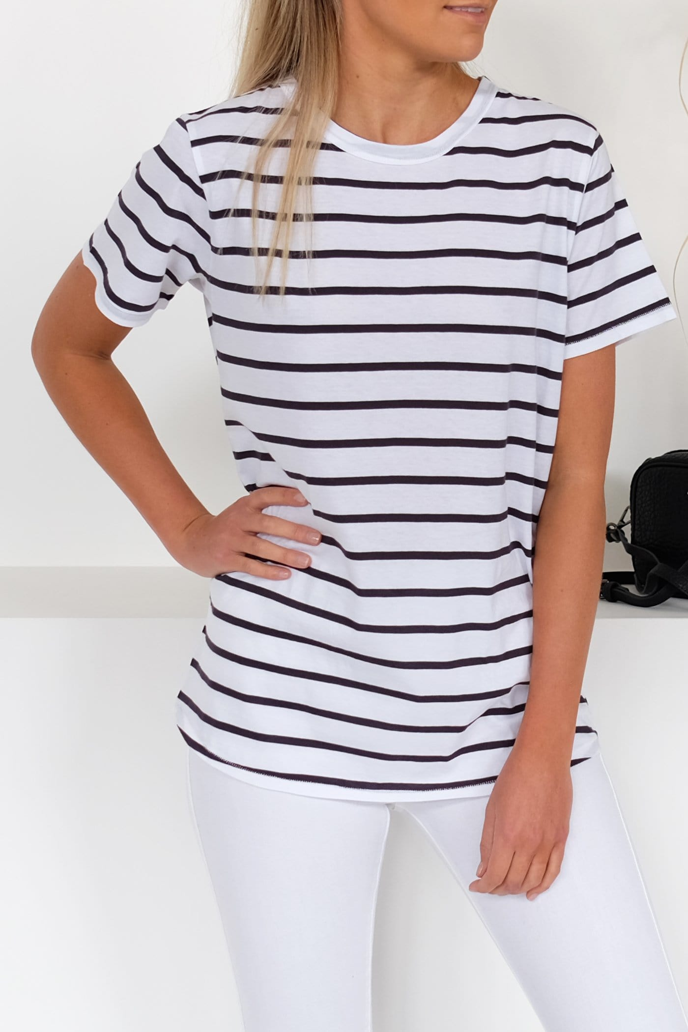 Everyday Tee Worn Navy Stripe