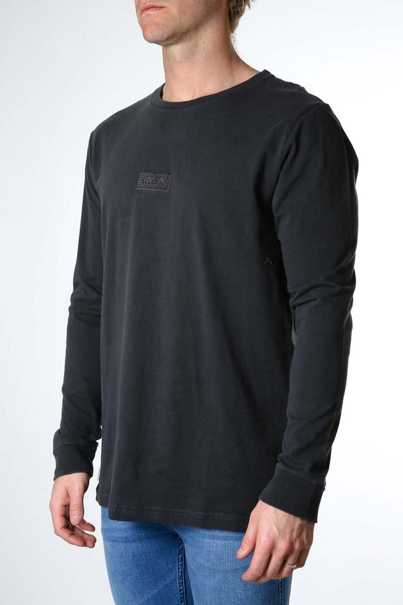 Focus 2.0 Long Sleeve Tee Pirate Black RVCA - Jean Jail
