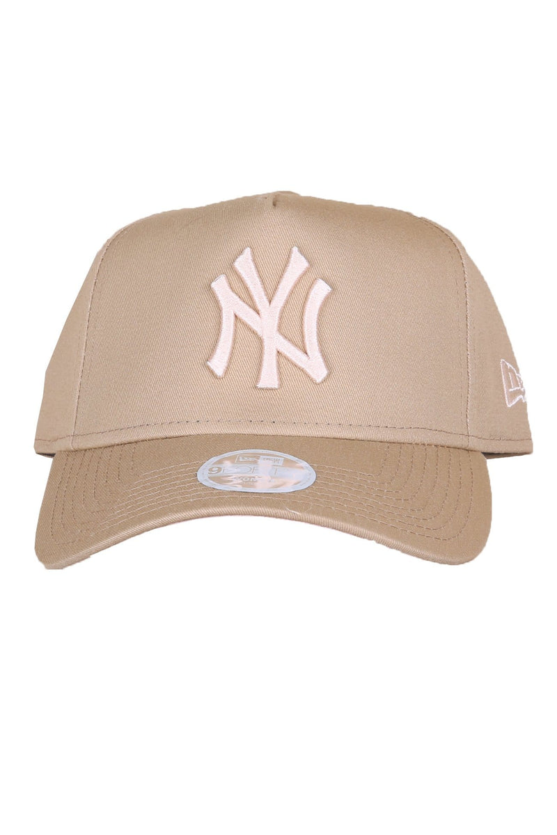 New York Yankees 9FORTY Strapback Camel Apricot