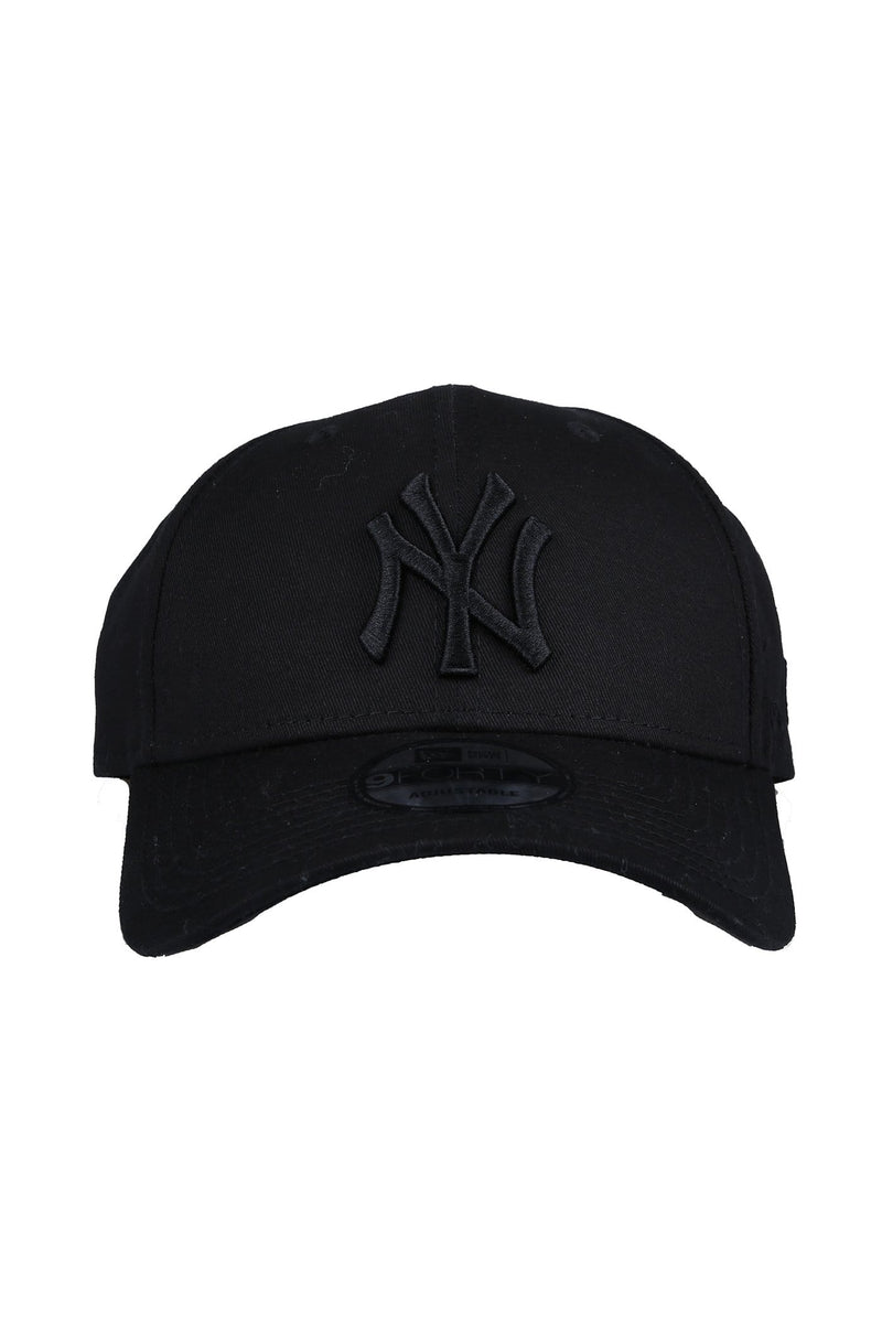 New York Yankees 9FORTY Strapback Black On Black New Era - Jean Jail