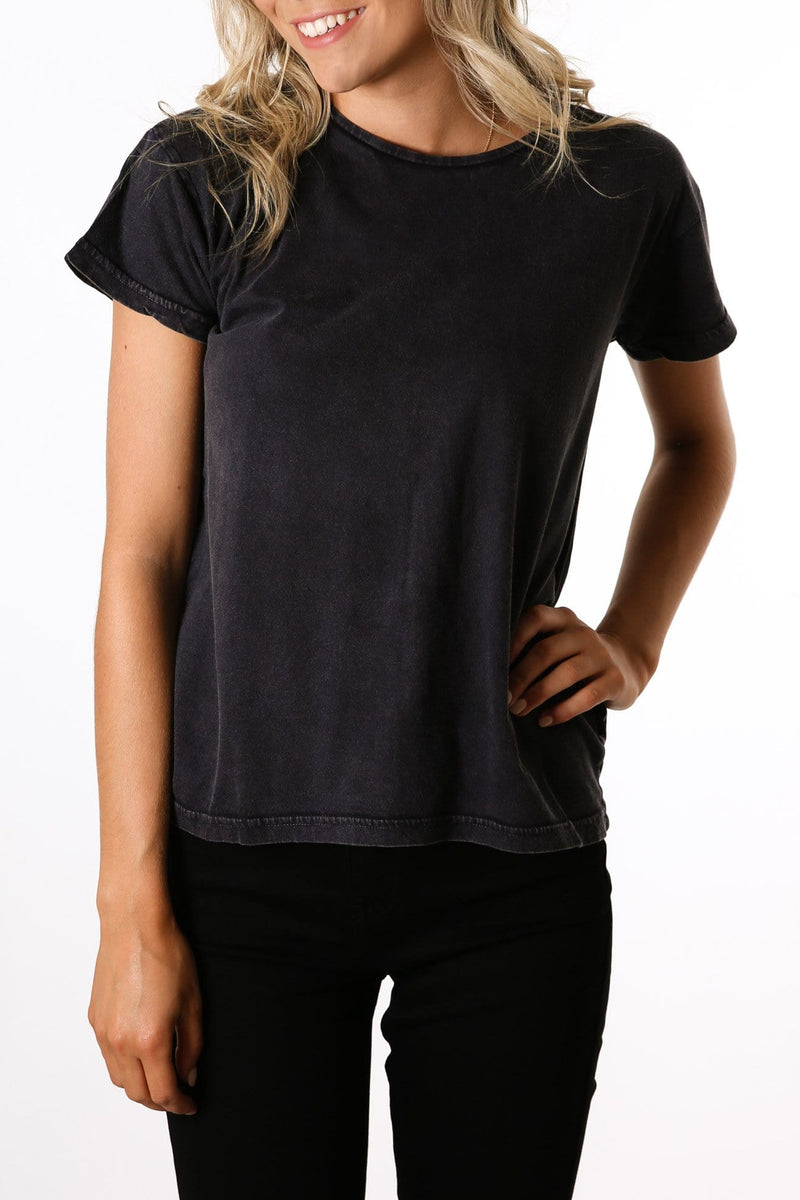 Polly Tee Washed Black
