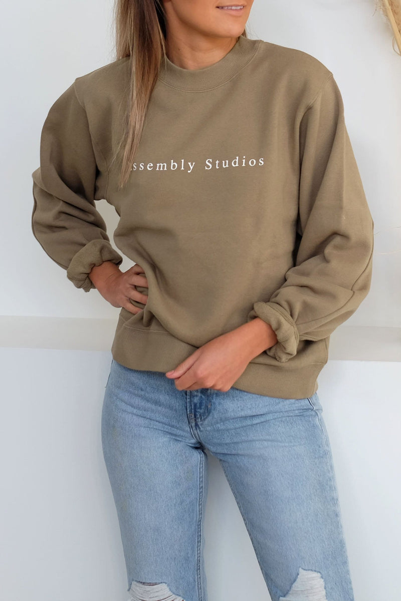 Serif Fleece Pullover Olive Assembly Label - Jean Jail