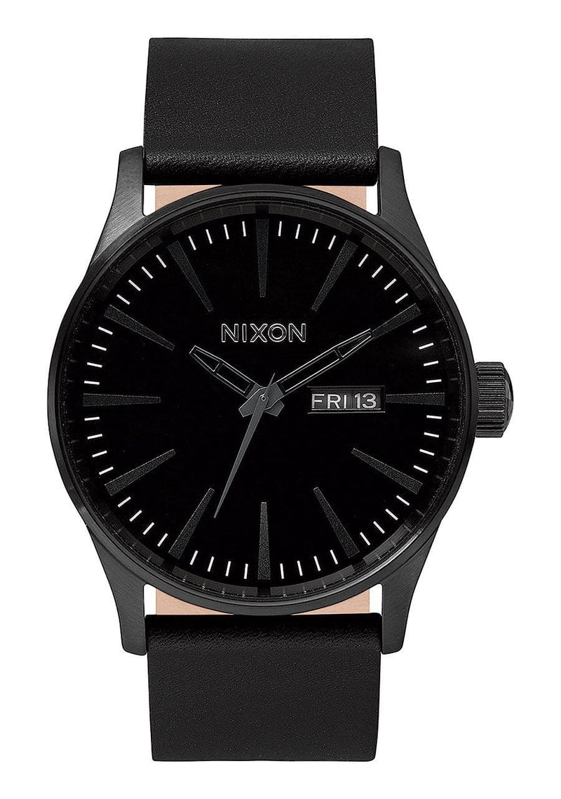 Sentry Leather // All Black Nixon - Jean Jail